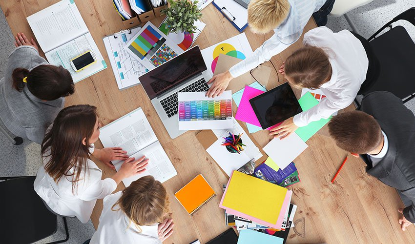 4 Signs You Need Cohesive Team Building